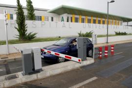 Los primeros usuarios critican el elevado precio del aparcamiento de Son Espases