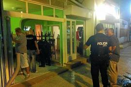 La Policía Local cierra el bar que ejercía de punto de venta de droga en Platja de Palma