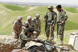 EEUU suspende el entrenamiento de los nuevos reclutas de la policía afgana