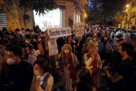 Protestas en Ferraz por el estado de alarma en Madrid