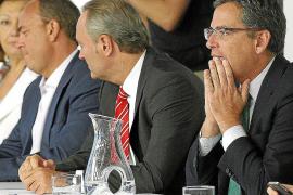 Basagoiti y Alonso tratan de zanjar la polémica, pero Mayor Oreja insiste