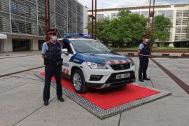 Detenido por empotrar su coche contra la comisaría tras ir a presentar una denuncia