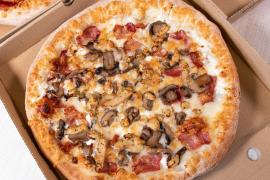 Telepizza dona porciones de pizza a comedores sociales y albergues de Baleares