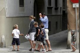 Los hijos de los duques de Palma vuelven a su antiguo colegio en Barcelona