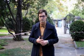 Miqui Otero: «La literatura es un refugio para quien no es plenamente feliz»