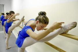 La Escola de Dansa Francisca Tomàs impartirá el título oficial de clásica
