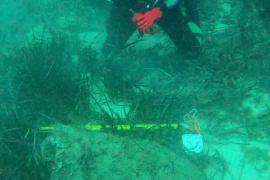 Buceadores de la Armada desactivan una bomba de la Guerra Civil en Capdepera