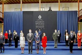 Felipe VI reclama «más concordia» en defensa del interés nacional