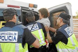 Máxima tensión en Son Espases tras ser detenida una doctora