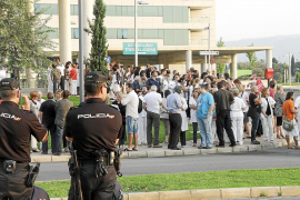 Protesta sin incidentes en Son Espases