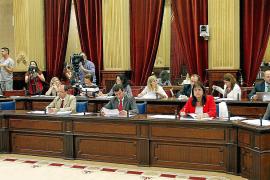 Los partidos de Balears, reticentes a la idea de dejar sin sueldo a los diputados
