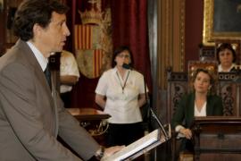 Calvo critica «la estafa fiscal» de Isern y rechaza ahora una revisión del catastro