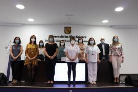 Catorce médicos toman posesión de sus plazas en las Pitiusas