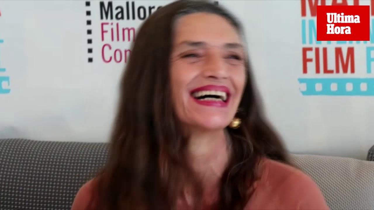 La actriz Ángela Molina disfruta de la «excelsa finura y generosidad de Mallorca»