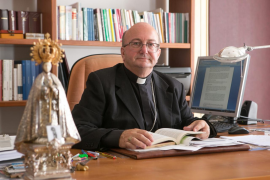 El Obispado de Menorca ve «incoherente» la decisión de una catequista de casarse por lo civil con otra mujer
