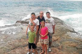 La última foto de la familia Selvi