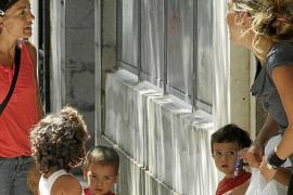 Empieza el curso en las 'escoletes' municipales con 605 niños sin plaza