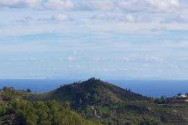 La silueta de Mallorca, desde Ibiza