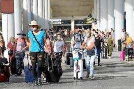 El PI apoya en Bruselas que se exijan PCR a los turistas que lleguen a Baleares