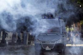 Un centenar de manifestantes irrumpen  en la embajada de EEUU en el Yemen y en Egipto