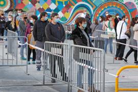 España registra un nuevo máximo de contagios en un día desde el inicio de la pandemia