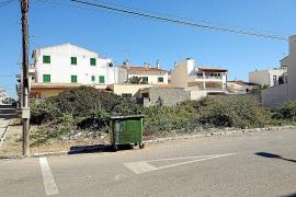 El Ajuntament convertirá solares de la Colònia de Sant Jordi en aparcamientos