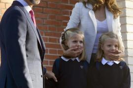 Primer día de cole para las infantas Leonor y Sofía