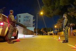 Controles de la Guardia Civil en Selva por las carreras de coches y motos en sus calles