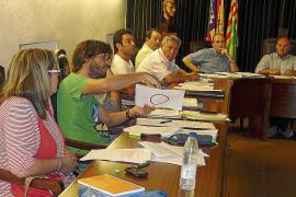 El PP cambia la normativa y dificulta la instalación de locutorios en el pueblo