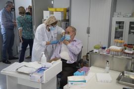 La vacunación de la gripe se dispara un 25 % en Baleares