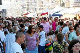 Miles de ciudadanos llenan las Avingudes de Manacor para disfrutar de la Fira de Setembre