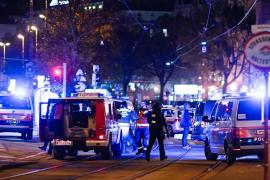 El Gobierno austríaco confirma ataques terroristas en el centro de Viena