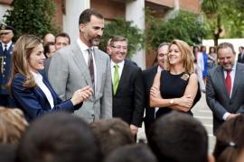 Silbidos contra Felipe, Letizia y Wert