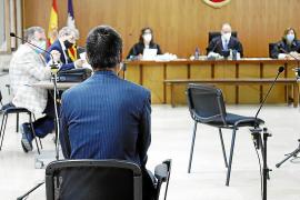 Dos años de prisión por apuñalar a su jefe y a un compañero en Palma