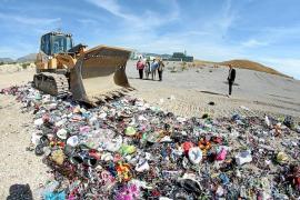 Destruyen en Palma más de 300.000 objetos procedentes de la venta ambulante ilegal