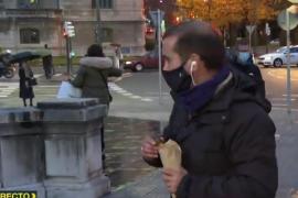 Un reportero de 'Mas vale tarde' corta la conexión y se compra unas castañas: «Cóbrate 5 euros, que paga laSexta»