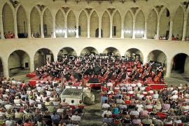 La Simfònica sube al escenario del Castell de Bellver en un concierto 'de película'