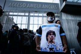 Maradona, operado sin complicaciones de un hematoma en el cerebro