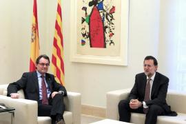 Rajoy pide a Mas que no se deje «arrastrar» por los acontecimientos si las cosas se le han ido de las manos