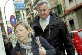 La Fiscalía Anticorrupción pide al juez que abra juicio oral en el 'caso Ayudas'