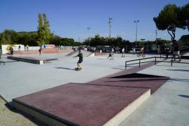 Desalojan a un centenar de jóvenes en un skatepark de Calvià