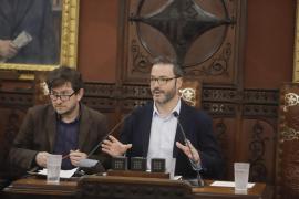 El alcalde de Palma no valora los «tuits personales» de Vivas
