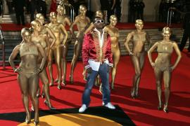 Kanye West también protagonizó  un vídeo de índole sexual