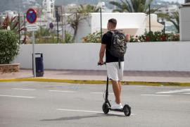 Patinetes: Prohibido transitar a más de 25 km/h e ir por las aceras y zonas peatonales