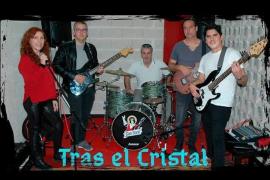 La banda Tras el Cristal actúa en La Movida