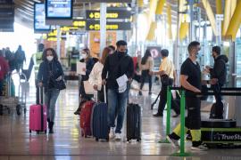 Llegar a España sin PCR será sancionado con hasta 6.000 euros