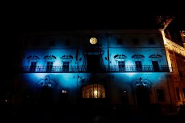 Cort se ilumina de azul por el Día Mundial de la Diabetes