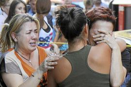 Un incendio destruye una pastelería en Palma