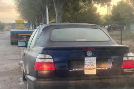 'Se regala' un coche en el polígono de Can Valero