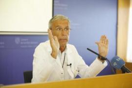 El gerente mantiene el cese del jefe de la UCI del Mateu Orfila al no alcanzar un acuerdo